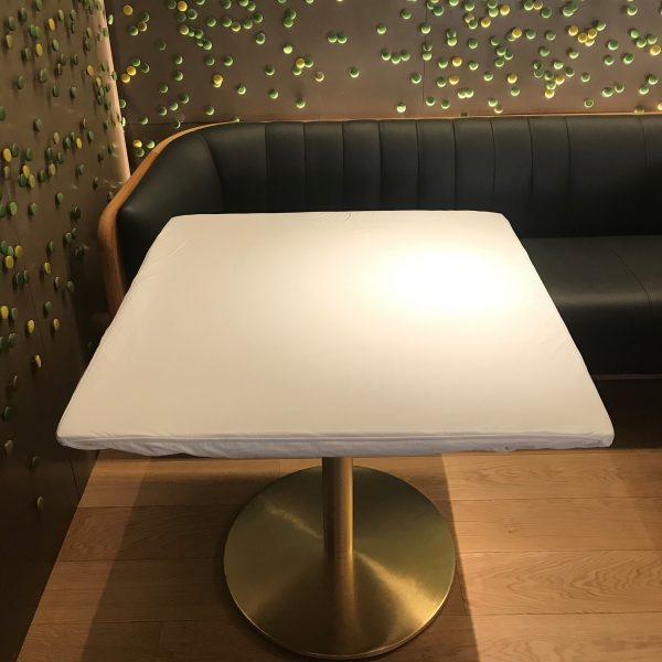 Table Moulton - Molleton