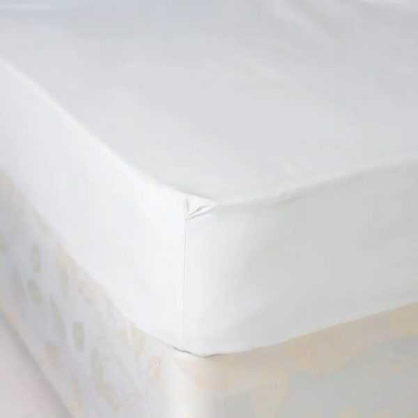 Luxury Fitted Sheet - PolyCotton - T144