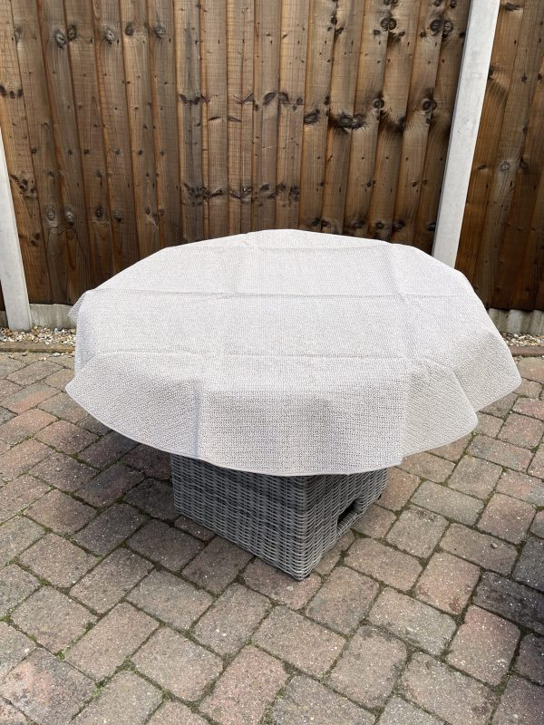 Outdoor Table Cloths Rounds
